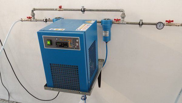 Do I need a Refrigerated or Desiccant Air Dryer?