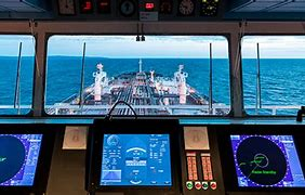 What Marine Navigation Systems and Electronic Tools Are Used by Ship's Pilots?